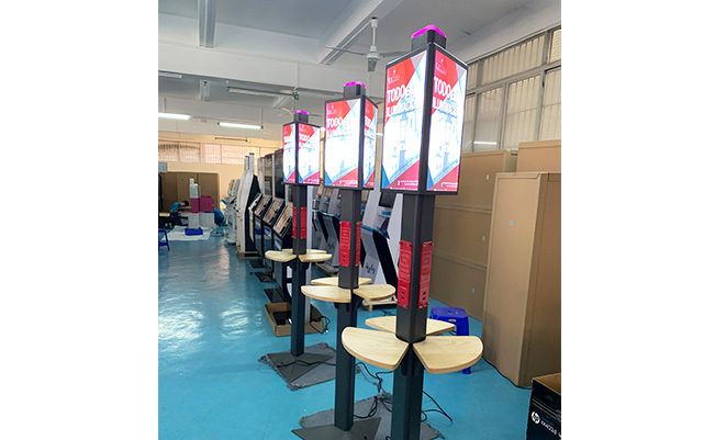 Panzhong's phone charging station in USA,88 units